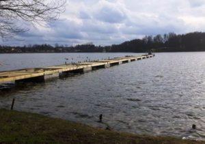Pomost na jeziorze Drawsko w Czaplinku